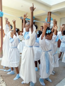 Mortel High Hopes for Haiti Foundation Gifts Improvised with